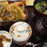 華屋与兵衛 - 料理写真:エビ天重セット