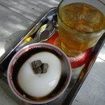 パーラーみんぴか - 絶品!杏仁豆腐はさんぴん茶付き