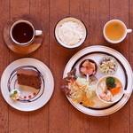 cafe DODO - 土日は予約必須!フルコースのランチは1530yen〜