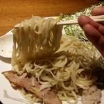 39082531 - つけ麺の麺拡大