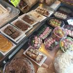 徳山商店 - お餅やお菓子も有る〜♪♪