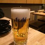 べこまる 高津総本家 - まずはビールで乾杯♪(〃゜▽゜)ノ□☆□ヽ(゜▽゜*)♪