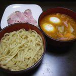 肉ドッグ - つけ麺+レアチャーシュー(※煮玉子は自前で用意)