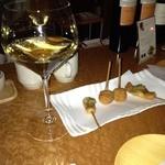 糀ナチュレ - カウンターでワインと串揚げ