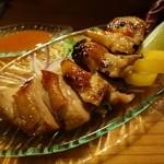 ウトト - 2014年12月 一晩漬け込んだ鶏もものロースト特製ガイヤーン【550円】じっくり焼き上げるので少々時間かかりました。