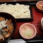 大戸屋 - 鶏の照り焼き丼とせいろうどんセット867円