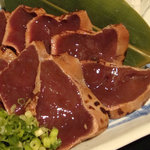 """肉問屋 豚ヱ門 - 新鮮だからできる""""レバーの炙り""""です。(数量限定)"""