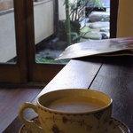 カフェ ラインベック - ロイヤルミルクティ