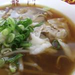 龍門 - ワンタン麺