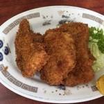 琉菊 - チャーハン、一口カツセットの一口カツ