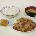 愛鷹パーキングエリア(上り線) スナックコーナー - 料理写真:焼肉定食