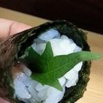 魚伸 - 料理写真:手巻き梅しそ