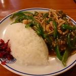 大門飯店 - 青椒肉絲飯