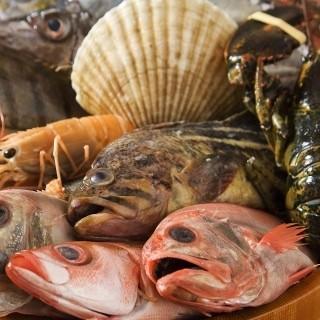 毎日市場から新鮮な鮮魚をお届します。