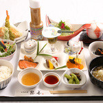 自然美庵 日本料理 悠善 - ランチ&ディナーは、毎日820円よりおすすめしております。