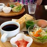 natural food cafe Marsa - ドリンク代のみのモーニング (2015.06現在)