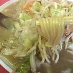 九州ラーメン 六五六 - 麺リフト