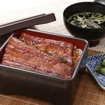 浜名湖サービスエリア 浜名亭 - 料理写真:このボリュームと味は抜群!「うな重(松)」是非ご賞味ください。