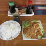 光楽亭 - 料理写真:ライス中とタマゴ入り肉ショーガヤキ