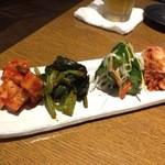 韓国家庭料理 おこげ - 2015年7月/お漬物盛合せ