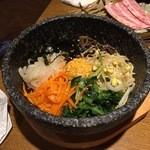 韓国家庭料理 おこげ - 2015年7月/石焼きビビンパ