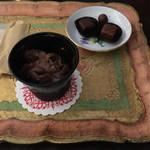ショコラティエ・ミキ - パッションフルーツ(240円)ジャンフィユのコニャック(240円)チョコレートアイスクリーム (340円)