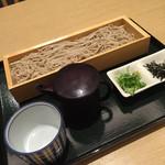 39126694 - 天婦羅会席の〆です。天婦羅茶漬けと選べて、セイロ蕎麦にしました。