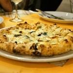 ベッラ・ナポリ - 2015.6 クアトロ フォルマッジ(2,000円)4種類のチーズ