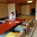 祇園畑中 - 20畳あるお部屋。