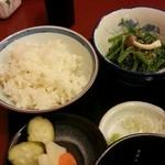 39136257 - 蕎麦ご飯と小鉢と漬け物