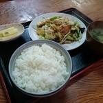 亀鶴食堂 - 野菜炒め定食(700円)2015年6月