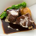 レストランアラスカ - ビーフシチューは自慢の逸品です