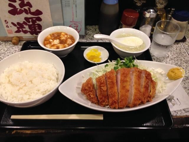 春駒 - 山形豚ロースカツ定食 1100円