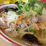 まるいし - チャンポン麺(680円)を頂きました。