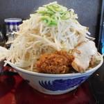 優勝軒 - 料理写真:富士らーめん醤油+野菜増し