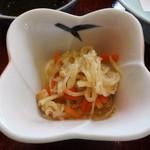 加里部亭 - 「和膳」大根と人参の 煮物。