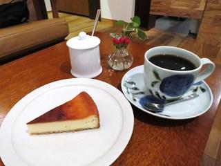 ムトウ コーヒー ロースタリー - インドネシア/ LCF マンデリン、チーズケーキ