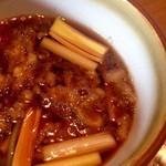 """竹やぶ - """" たぬきそば """"らしい天かす入りつけ汁♪"""