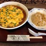 恵愛 - ニラ玉麺半炒飯セット