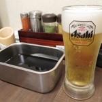 新世界じゃんじゃん横丁 串かつ 勝大 - ソースと生ビール
