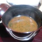 越乃 - 海苔入りの味噌汁