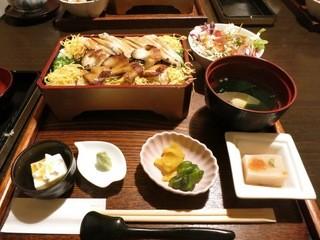 柊 - 穴子重定食