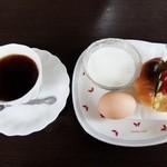 聖日亜 - 料理写真:モーニング(全体)