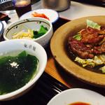 美・食・韓 食道園 - 焼肉定食 720円