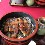 うなぎの味栄 - 料理写真:ひつまぶし(鰻半匹)