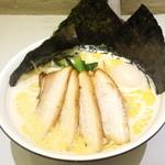 らーめん おおはし - スペシャル_豚骨ラーメンの醤油(1000円)+大盛り(100円)
