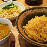 広尾はしづめ - 蒸し鶏のネギ油かけ つけ麺 (1200円)