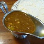 ボルツ - 週替わりカレー (野菜&キーマ)(1倍ホット)