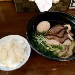 39174338 - 醤油ちゃーしゅー麺+味玉(サービス)+白飯