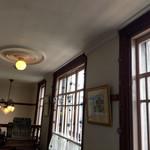 アートカフェ エレバート - 店内 二階